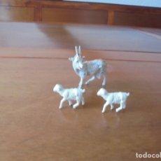 Figuras de Goma y PVC: LOTE DE ANTIGUAS FIGURAS DE PLÁSTICO PARA PORTAL DE BELÉN. Lote 183345297