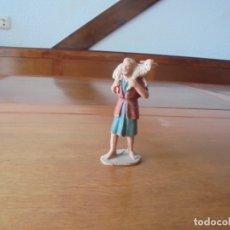 Figuras de Goma y PVC: ANTIGUA FIGURA EN PARA PORTAL DE BELÉN: PASTOR CON OVEJA. Lote 183345483