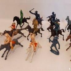 Figuras de Goma y PVC: INDIOS VAQUEROS Y CABALLOS COMANSI. Lote 183382918