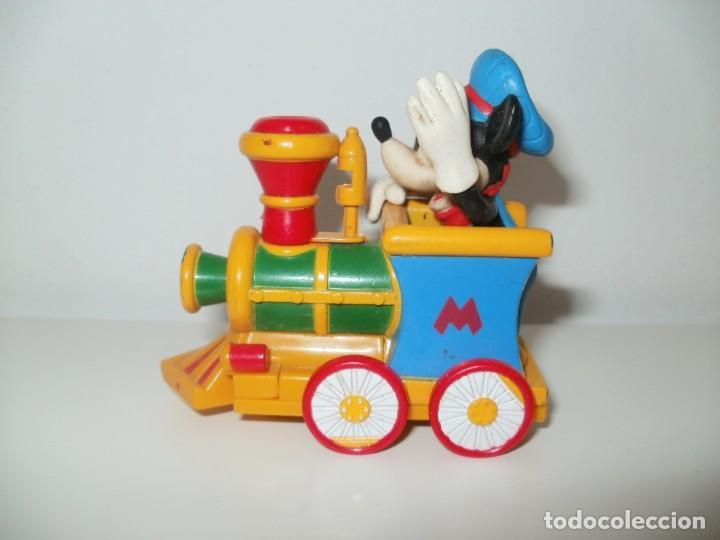 Figuras de Goma y PVC: MICKEY MOUSE CON LOCOMOTORA DISNEY M F G BY MONOGRAM PRODUTS INC LARGO FLORIDA - Foto 3 - 183479885