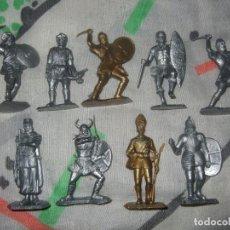 Figuras de Goma y PVC: FIGURAS DE SOLDADO VIKINGO ARABES DORADAS Y PLATEADAS DE LA FABRICA COMANSI JECSAN REAMSA PECH. Lote 183532386