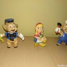 Figuras de Goma y PVC: LOTE FIGURA LOS TRES CERDITOS Y CAFLAUTISTA VIOLINISTA ALBAÑIL EL LOBO FEROZ PVC DISNEY CERDO CUENTO. Lote 175253869