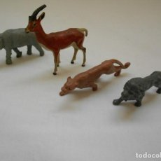 Figuras de Goma y PVC: 4 ANIMALES TIPO DUNKIN: SABANA. SELVA. ELEFANTE. GACELA. PANTERA. LEON. Lote 183744525