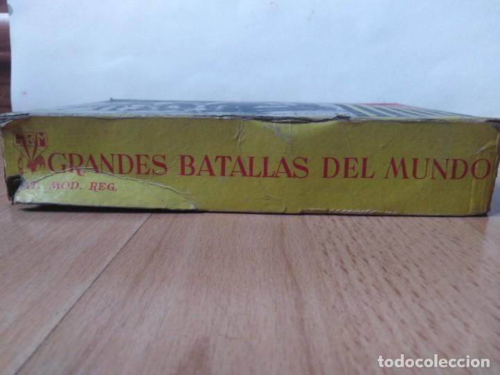 Figuras de Goma y PVC: Caja Cartagineses Roja y Malaret con elefantes. Original. Pech Jecsan. - Foto 7 - 254455230