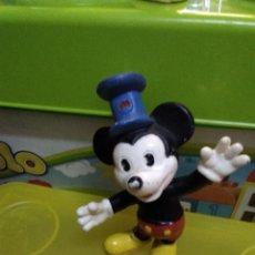 Figuras de Goma y PVC: FIGURA MICKEY STEAMBOAT WILLIE - DISNEY . Lote 183831318