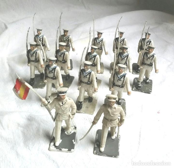 15 FIGURAS EJERCITO MARINA ESPAÑA, OFICIAL, ABANDERADO Y 13 SOLDADOS DE COMANSI (Juguetes - Figuras de Goma y Pvc - Comansi y Novolinea)