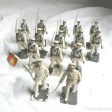 Figuras de Goma y PVC: 15 FIGURAS EJERCITO MARINA ESPAÑA, OFICIAL, ABANDERADO Y 13 SOLDADOS DE COMANSI. Lote 183833112