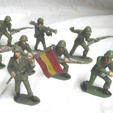 Figuras de Goma y PVC: 8 FIGURAS EJERCITO TIERRA ESPAÑOL, ABANDERADO Y 7 SOLDADOS DE COMANSI. Lote 183833538