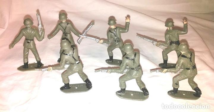 Figuras de Goma y PVC: Ejercito Español 7 Soldados de Comansi años 70 - Foto 2 - 183833802