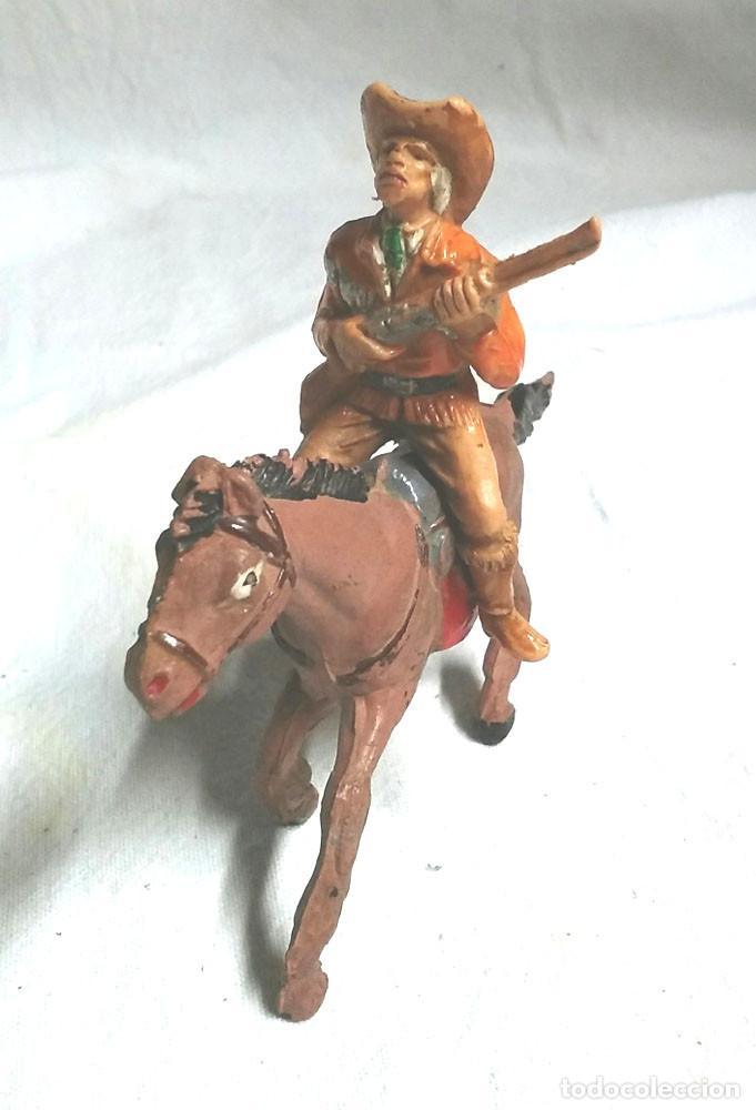 BUFALO BILL A CABALLO DE COMANSI (Juguetes - Figuras de Goma y Pvc - Comansi y Novolinea)