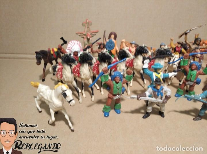 Figuras de Goma y PVC: LOTE 37 FIGURAS COMANSI (INDIOS, VAQUEROS, SOLDADOS Y CABALLOS) - Foto 5 - 183588582