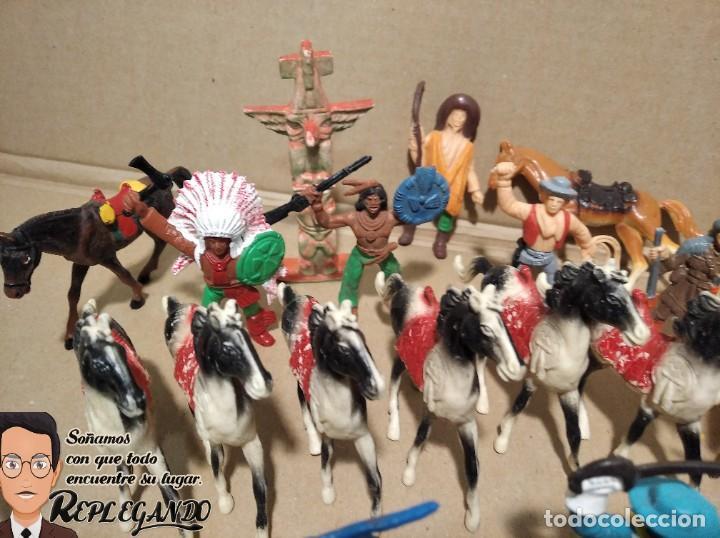 Figuras de Goma y PVC: LOTE 37 FIGURAS COMANSI (INDIOS, VAQUEROS, SOLDADOS Y CABALLOS) - Foto 6 - 183588582