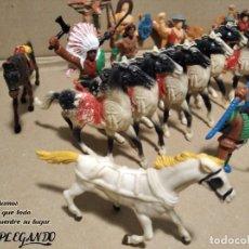 Figuras de Goma y PVC: LOTE 37 FIGURAS COMANSI (INDIOS, VAQUEROS, SOLDADOS Y CABALLOS). Lote 183588582