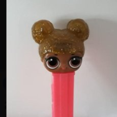 Dispensador Pez: DISPENSADOR CARAMELOS PEZ LOL SURPRISE QUEEN BEE. Lote 183888972