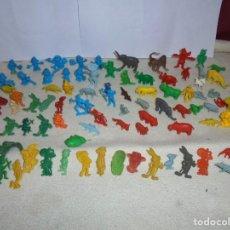 Figuras de Goma y PVC: GRAN LOTE DE 80 FIGURAS ANTIGUAS CASI TODAS DUNKIN. Lote 183956616