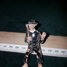 Figuras de Goma y PVC: JINETE COMANSI, REAMSA O PECH SACERDOTE CURA. Lote 184079078