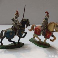 Figuras de Goma y PVC: CABALLEROS MEDIEVALES ELASTOLIN LOTE 2 CON CABALLOS . Lote 184250661