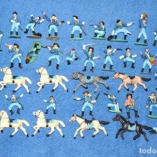 Figuras de Goma y PVC: FEDERALES (COMANSI) - LOTE DE 36 FIGURAS - EN BUEN ESTADO. Lote 184256960