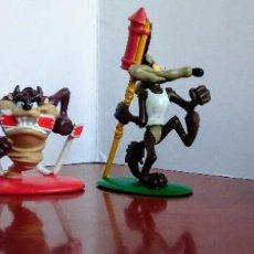 Figuras de Goma y PVC: LOTE 4 FIGURAS WARNER BROS 1996 CROCO LONDON, TWEETY, COYOTE, SYLVESTER, DEMONIO TASMANIA.. Lote 184303078