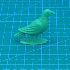 Figuras de Goma y PVC: FIGURA PREMIUM CHICLE DUNKIN/BRB SERIE LA GRANJA - PALOMA VERDE. Lote 184417752