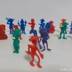 Figuras de Goma y PVC: DUNKIN.DIECISIETE FIGURAS DE LUCKY LUKE Y SUS PERSONAJES.. Lote 184591407