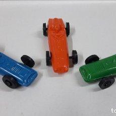 Figuras de Goma y PVC: BOLIDOS DE CARRERAS . REALIZADOS EN PLASTICO INFLADO . JUGUETE KIOSCO . AÑOS 70. Lote 184714032