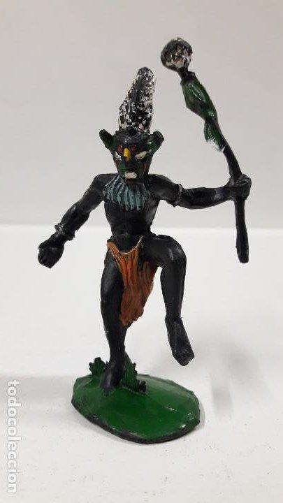 BRUJO - HECHICERO AFRICANO NEGRO . REALIZADO POR ARCLA . AÑOS 50 EN GOMA (Juguetes - Figuras de Goma y Pvc - Arcla)