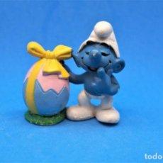 Figuras de Goma y PVC: PITUFOS DE PASCUA SCHLEICH APLAUSE PITUFO CON HUEVO. Lote 186013082
