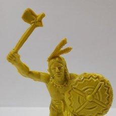 Figuras de Goma y PVC: GUERRERO INDIO . AÑOS 70 . EN PLASTICO MONOCOLOR. Lote 186053000