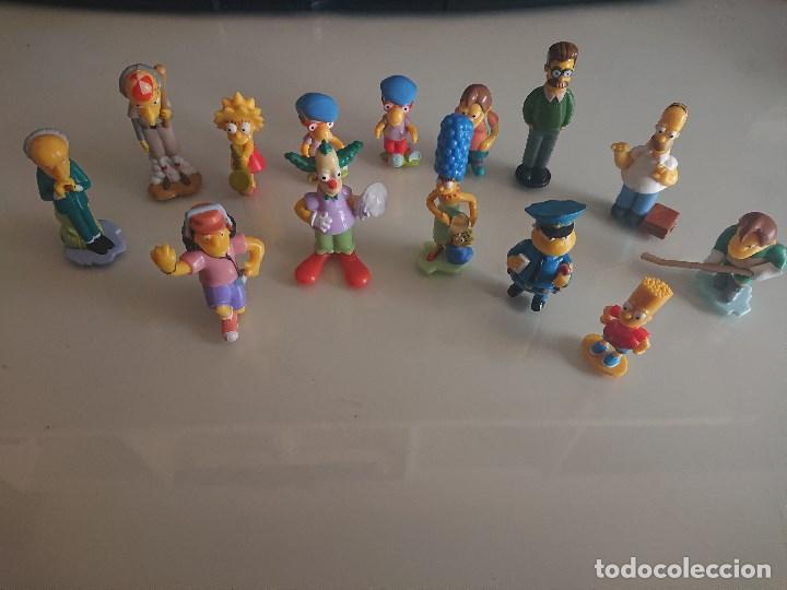 LOTE DE 14 FIGURAS SIMPSON DE HUEVOS KINDER , LEER DESCRIPCION (Juguetes - Figuras de Gomas y Pvc - Kinder)