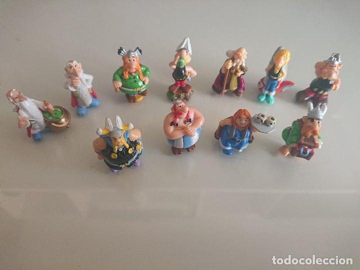 LOTE DE 11 FIGURAS ASTERIX DE HUEVOS KINDER , LEER DESCRIPCION (Juguetes - Figuras de Gomas y Pvc - Kinder)