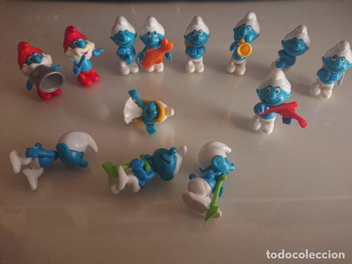 LOTE DE 13 FIGURAS PITUFOS DE HUEVOS KINDER , LEER DESCRIPCION (Juguetes - Figuras de Gomas y Pvc - Kinder)