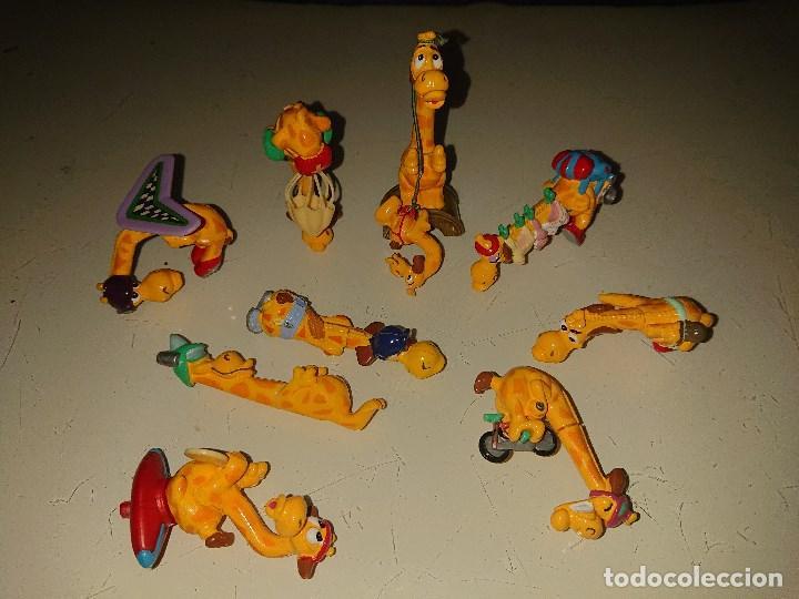 LOTE DE 9 FIGURAS JIRAFAS DE HUEVOS KINDER, LEER DESCRIPCION (Juguetes - Figuras de Gomas y Pvc - Kinder)