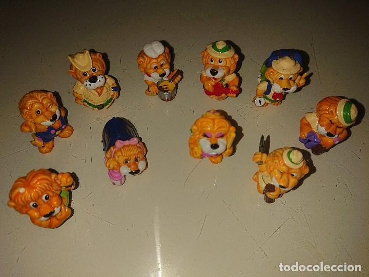 LOTE DE 10 FIGURAS LEONES DE HUEVOS KINDER , LEER DESCRIPCION (Juguetes - Figuras de Gomas y Pvc - Kinder)