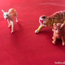 Figuras de Goma y PVC: ANTIGUOS MUÑECOS PLASTICO DURO ANIMAL JECSAN PECH COMANSI PERRO TIGRE LOBO VER FOTOGRAFIAS. Lote 186151552