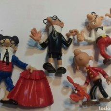 Figuras de Goma y PVC: MORTADELO ARBITRO TORERO CON GAFAS FILEMON Y SACARINO MUY BUEN ESTADO PVC FIGURA. Lote 186379328