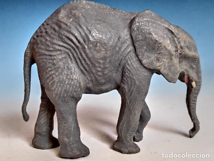 Figuras de Goma y PVC: Soberbia figura de elefante africano joven - Foto 2 - 184111758