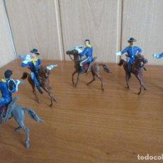 Figuras de Goma y PVC: LOTE 5 SOLDADOS FEDERALES A CABALLO ( PECH ,JECSAN , REAMSA , OLIVER , COMANSI , GOMARSA, ETC). Lote 187101596