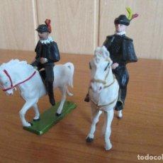 Figuras de Goma y PVC: LOTE 2 FIGURAS ANTIGUAS A CABALLO, ( PECH, JECSAN , REAMSA , TEIXIDO , OLIVER , COMANSI , ETC). Lote 187112053