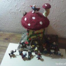 Figuras de Goma y PVC: LOTE DE PITUFOS Y SETA. Lote 187121272