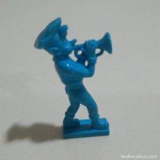 Figuras de Goma y PVC: CEREALES MUÑECO KELLOGGS PROMOCIONAL KELLOGS RICE PVC DUNKIN FIGURA BANDA MUSICA TROMPETA AZUL. Lote 187183726