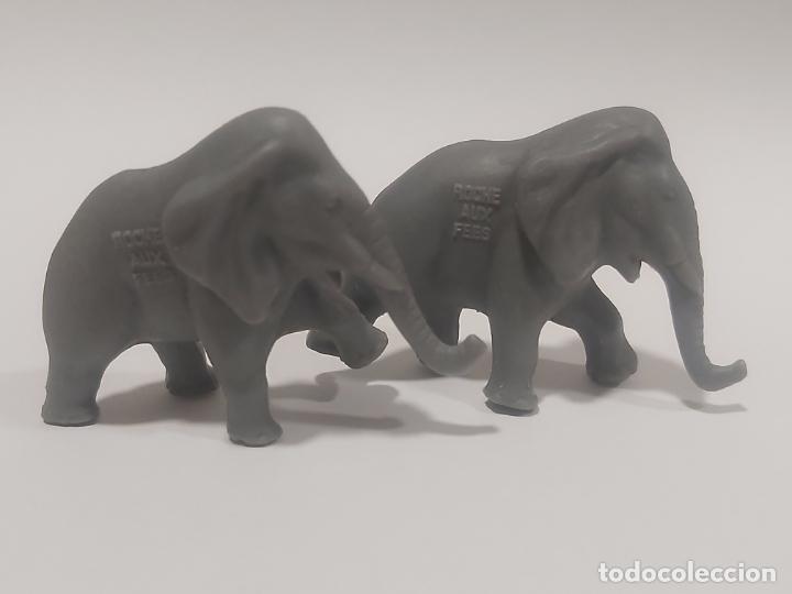 Figuras de Goma y PVC: ELEFANTES GRANDES * CIRCO LA ROCHE AUX FEES * PREMIO YOGURES AÑOS 70 - Foto 3 - 187506518