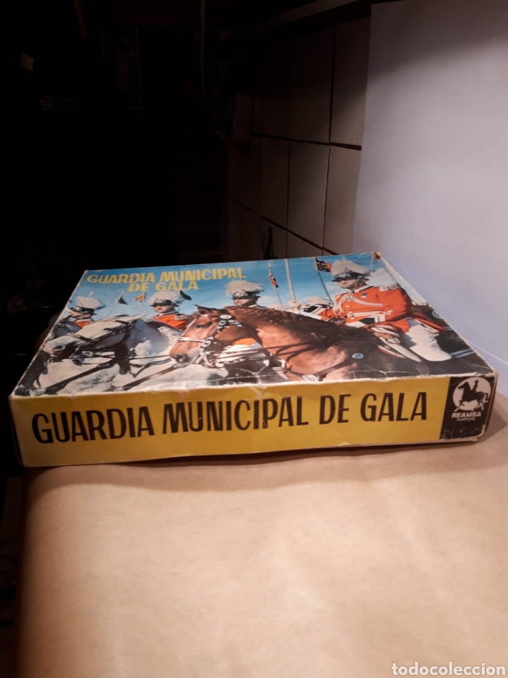 Figuras de Goma y PVC: Reamsa guardia municipal de gala - Foto 2 - 188607223