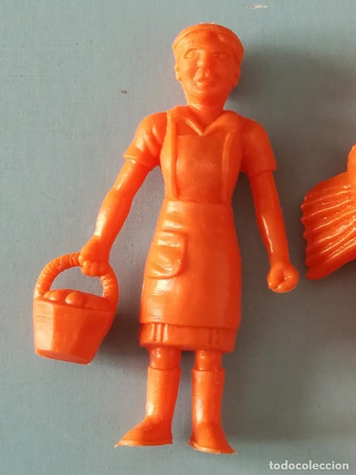Figuras de Goma y PVC: LOTE FIGURAS DE PLÁSTICO GRANJA DUNKIN - Foto 2 - 188801218