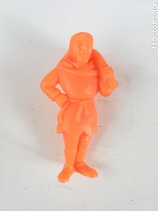 Figuras de Goma y PVC: Figura pvc goma personaje Ruy El Pequeño Cid - BRB Madrid - Dunkin Hombre con saco Color naranja - Foto 2 - 206324312