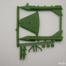 Figuras de Goma y PVC: MONTAPLEX - AVIÓN MIRAGE 3 SERIE 608 Nº 614 - AÑOS 70. Lote 236870065