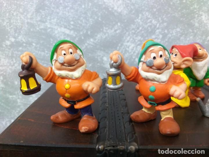 Figuras de Goma y PVC: lote 8 figuras pvc disney 7 enanitos más una variante de color - Foto 2 - 189788766