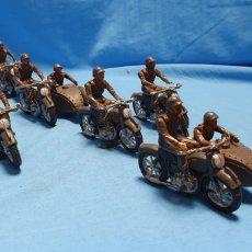 Figuras de Goma y PVC: FIGURAS MOTO SIDECAR MILITAR SOLDADO TEIXIDO. Lote 189823391
