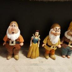 Figuras de Goma y PVC: BLANCA NIEVES Y 4 ENANITOS DISNEY. Lote 190039093