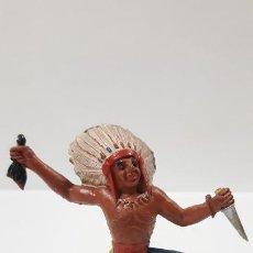 Figuras de Goma y PVC: GUERRERO INDIO CON CABELLERA Y CUCHILLO . REALIZADO POR M. SOTORRES . AÑOS 50 EN GOMA. Lote 190161155